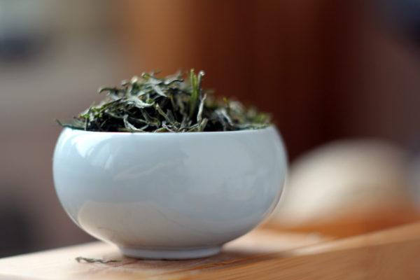 Пропаренный зеленый чай из Эньши (Китай).