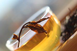 Чёрный чай естественной скрутки TTES#12 (Золотой цветок). Уезд Наньтоу, Тайвань.