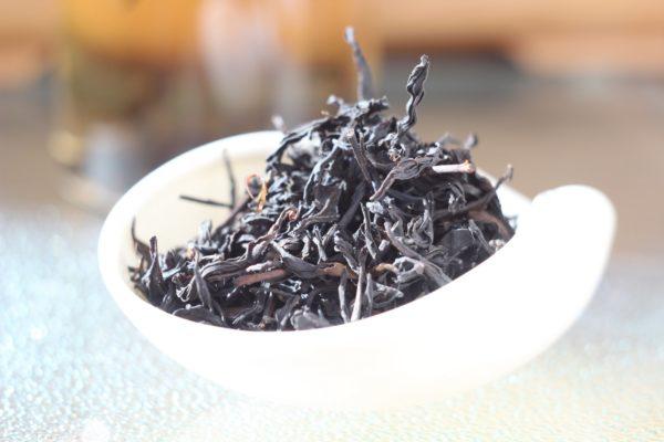 Тайваньский дымный черный чай.