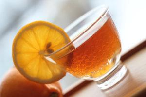 Черный чай с узбекским лимоном. © Ольга Никандрова