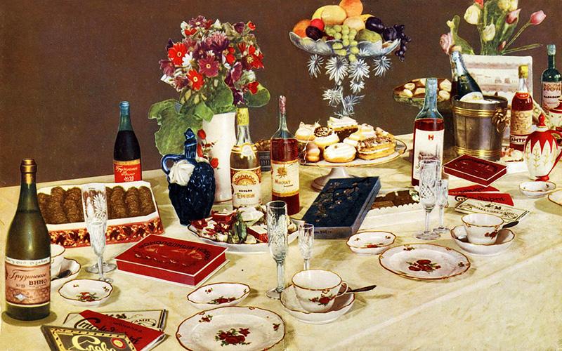 Десертный стол в «Книге о вкусной и здоровой пище»