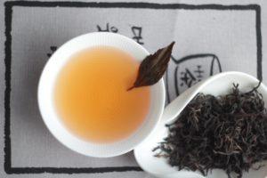 Абхазский деревенский черный чай. © Ольга Никандрова